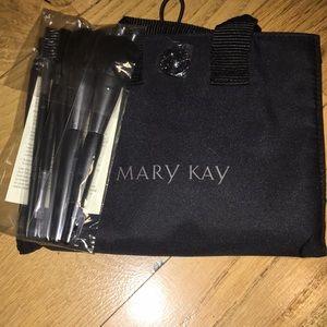 Mary Kay 6 Piece Brush & Bag Set